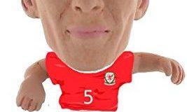 """SoccerStarz soc1050 """"Der Offiziell lizenzierten Wales National Team Figur von James Collins"""" Home Kit"""