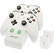 Venom Twin Docking Station inkl. 2 Zusatzakkus fur Xbox One & One S - weiss - Perfekt fur die weisse Xbox One S & Xbox One Konso